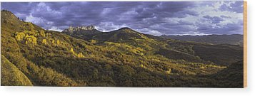 Wood Print featuring the photograph Sunset At Courthouse Mountain by Kristal Kraft