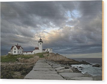 Sunset At Eastern Point Lighthouse Wood Print