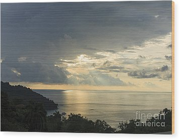 sunset at Quepos Wood Print by Russell Christie