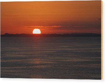 Sunset At Sea Wood Print by Allen Carroll