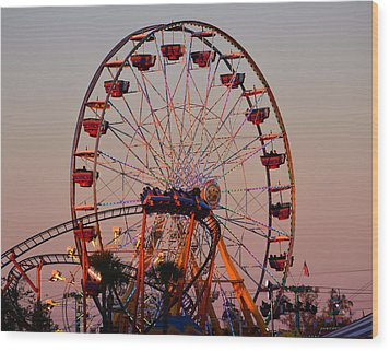 Sunset At The Fair Wood Print by David Lee Thompson