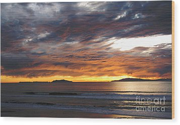 Wood Print featuring the photograph Sunset At The Shores by Janice Westerberg