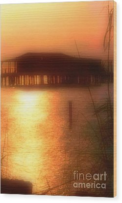 Sunset Camp On Lake Pontchartrain In New Orleans Louisiana Wood Print by Michael Hoard