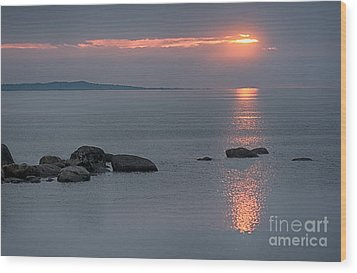 Sunset Glow At Awenda Beach Wood Print
