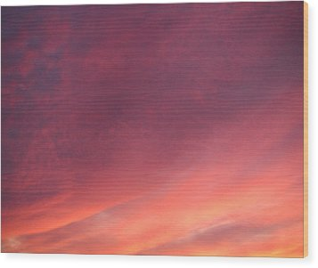 Wood Print featuring the photograph Sunset Hues by Laurie Stewart