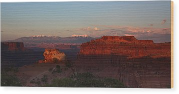 Sunset In Canyonlands National Park Wood Print