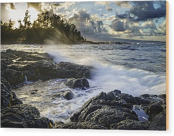 Big Island - Sunset In Hilo Wood Print by Francesco Emanuele Carucci