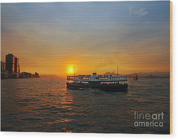 Sunset In Hong Kong With Star Ferry Wood Print by Lars Ruecker