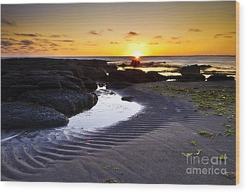 Wood Print featuring the photograph Sunset In Iceland by Gunnar Orn Arnason