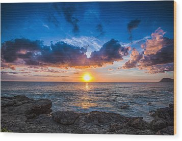 Sunset In Paradise Wood Print by Mike Lee