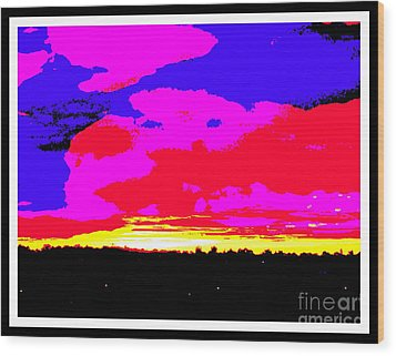 Sunset In Red Blue Yellow Pink Wood Print by Roberto Gagliardi
