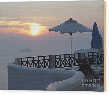 Sunset In Santorini Wood Print by Nancy Bradley