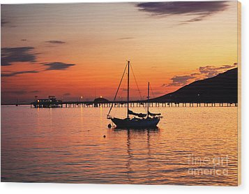 Sunset In The Harbor Wood Print