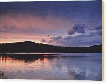 Sunset Of Fire And Ice Wood Print by Rich Rauenzahn