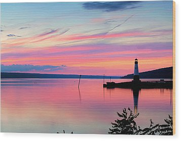 Sunset On Cayuga Lake Ithaca New York Wood Print