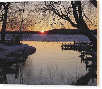 Sunset On Manistique Wood Print by Feva  Fotos