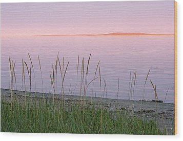 Wood Print featuring the photograph Sunset On Mingan Islands by Arkady Kunysz
