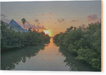 Sunset On Sarasota Bay Wood Print