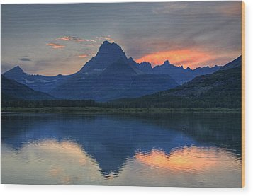Sunset On Swiftcurrent Lake Wood Print