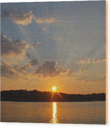 Sunset On The Bay  Wood Print by Justin Connor