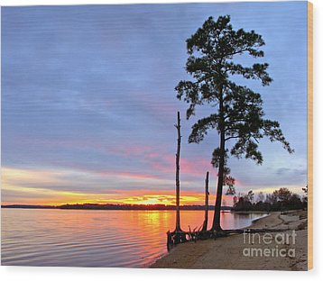 Sunset On The James River Wood Print by Olivier Le Queinec