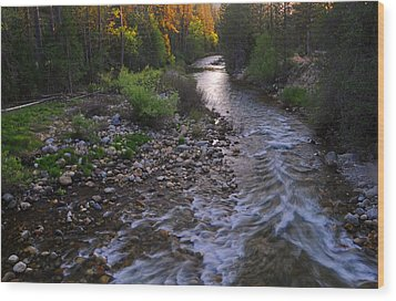 Sunset On The Merced Wood Print by Lynn Bauer