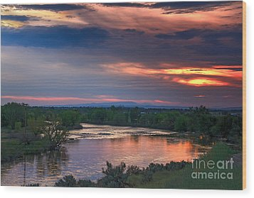 Sunset On The Payette  River Wood Print by Robert Bales