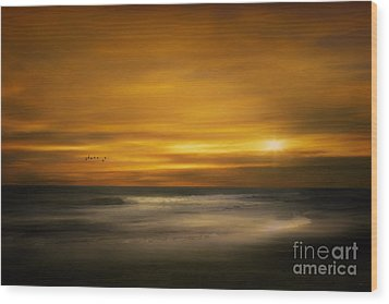 Sunset On The Surf Wood Print by Tom York Images
