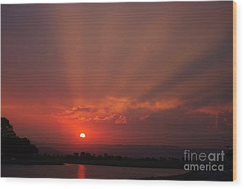 Sunset Over Hope Island 2 Wood Print by Blair Stuart