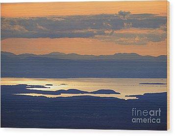 Sunset Over Lake Champlain Wood Print