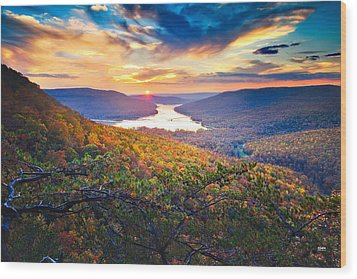 Sunset Over Mullins Cove Wood Print by Steven Llorca