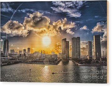 Sunset Over The Arena Hdr Wood Print by Rene Triay Photography