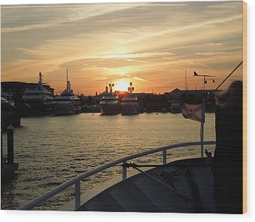 Wood Print featuring the photograph Sunset Over The Marina by Ron Davidson