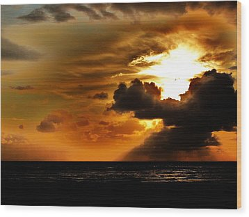 Sunset Over The Pacific I Wood Print by Helen Carson