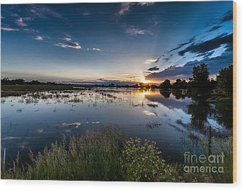 Sunset Over The River Wood Print by Steven Reed