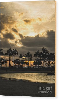 Wood Print featuring the photograph Sunset Over Waikiki by Angela DeFrias