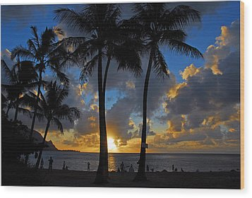 Sunset Silhouettes Wood Print by Lynn Bauer