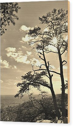 Sunset Sunburst Over Hanging Rock Nc Wood Print