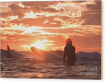Wood Print featuring the photograph Sunset Surf Session by Paul Topp
