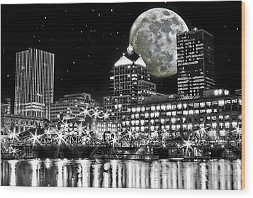 Super Moon Over Rochester Wood Print by Richard Engelbrecht