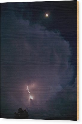 Supercell Moon Wood Print by Ed Sweeney