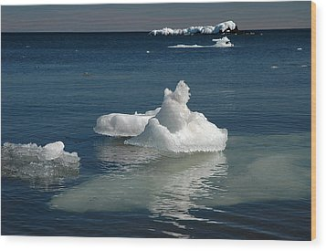 Wood Print featuring the photograph Superior Blues And Ice by Sandra Updyke