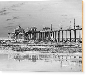 Surf City U S A  Wood Print by Everette McMahan jr