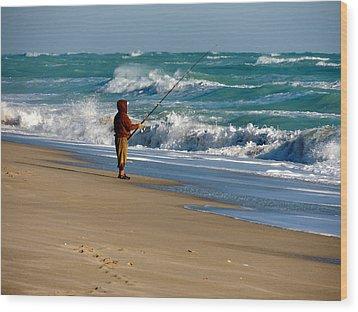 Surf Fishin' The Cold Atlantic Wood Print