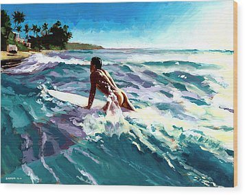 Surfer Coming In Wood Print by Douglas Simonson