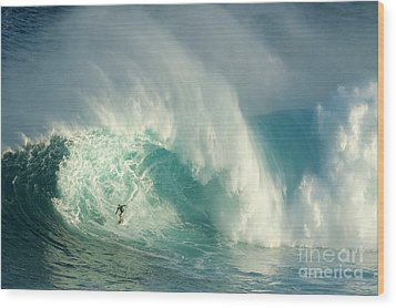 Surfing Jaws 3 Wood Print