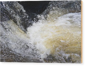 Wood Print featuring the photograph Surging Waters by Tara Potts