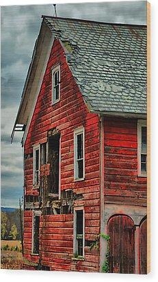 Sussex Barn  Wood Print