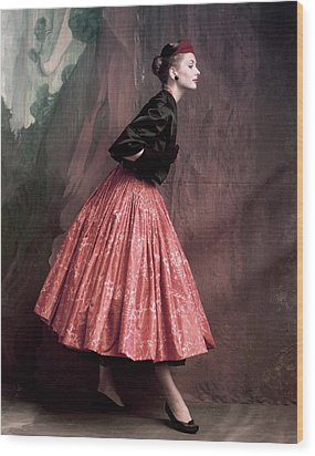 Suzy Parker In A Givenchy Skirt Wood Print by John Rawlings