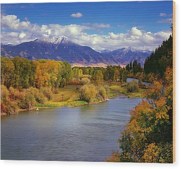 Swan Valley Autumn Wood Print by Leland D Howard